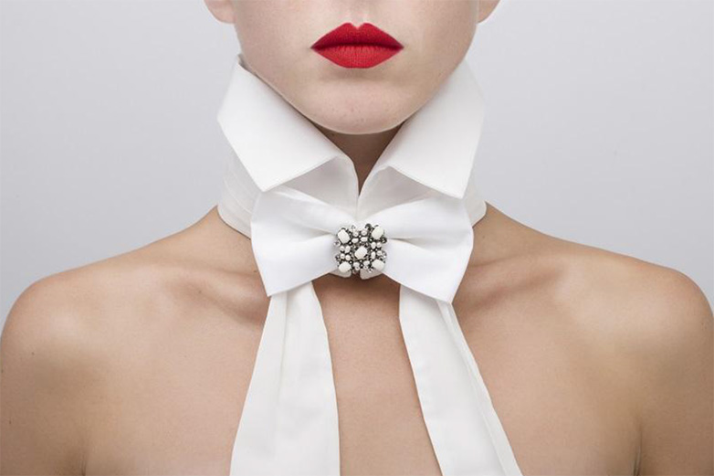 Catherine-Osti-cotton-collar