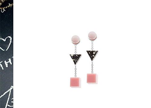 Eshvi-earrings-pink