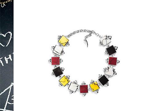 Eshvi-necklace