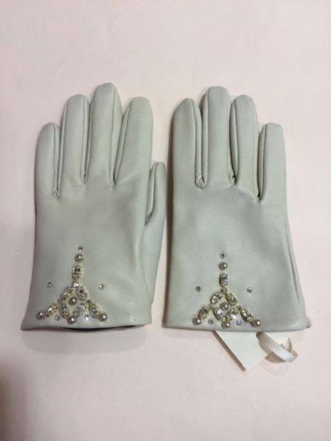 Lisa-Redman-gloves