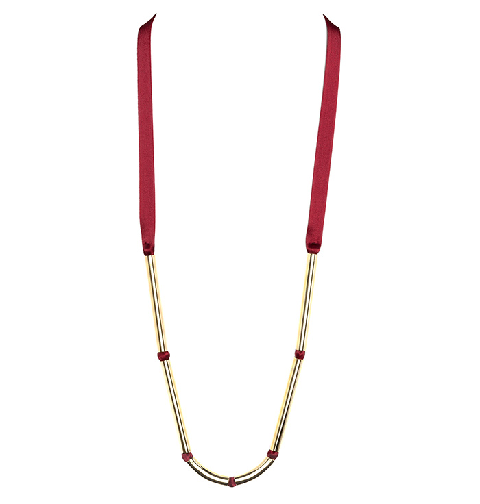 Marion-Vidal_red-necklace