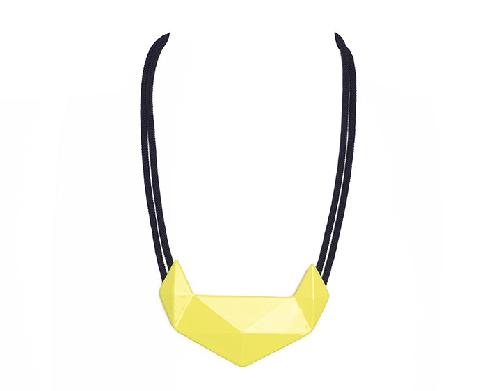 Marion-Vidal_yellow-necklace