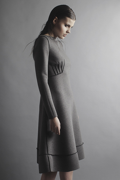 Robert-Kalinkin_gray-dress