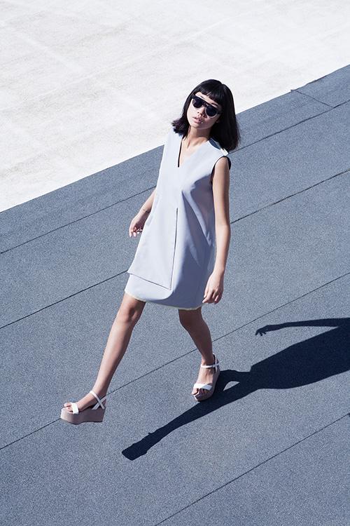 Yulia-Yadryshnikova-_gray-dress