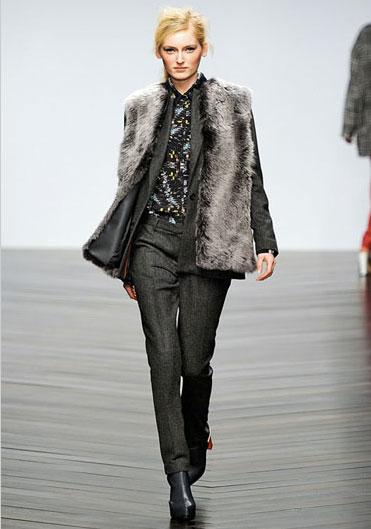 Zoe-Jordan-FW 13 fur-outfit